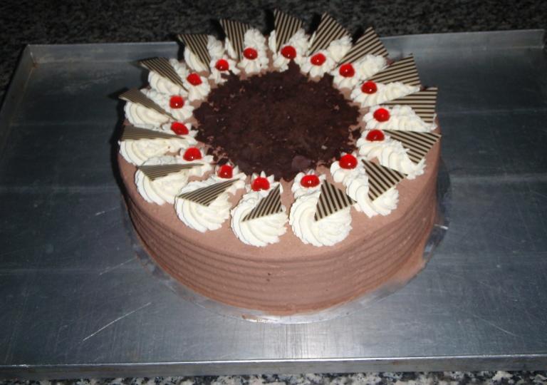 Schokosahne-Torte